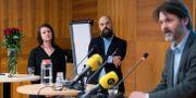 Socialdemokraternas Sara Karlsson, Daniel Suhonen och Markus Kallifatides, är grundarna av Reformisterna Henrik Montgomery/TT / TT NYHETSBYRÅN