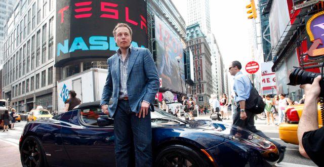 Elon Musk i New York i samband med Teslas notering 2010.  Mark Lennihan / TT NYHETSBYRÅN