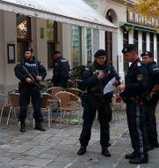 Poliser i Wien. Matthias Schrader / TT NYHETSBYRÅN