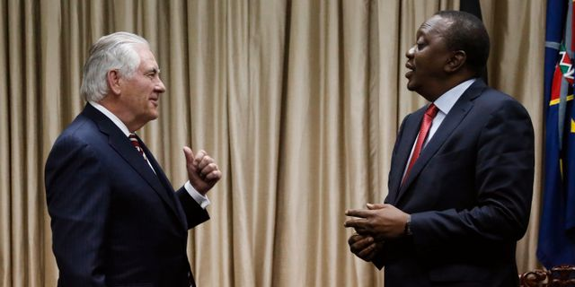 Rex Tillerson och Uhuru Kenyatta. JONATHAN ERNST / X90178