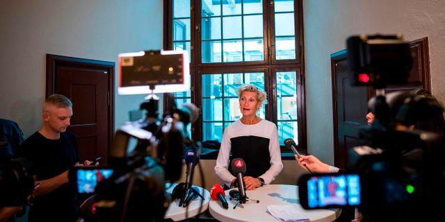 Kammaråklagaren Christina Voigt meddelade på en pressträff att Arnault begärs häktad. JONATHAN NACKSTRAND / AFP