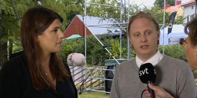 Amanda Sokolnicki, chef för DN:s ledarredaktion och Tor Gasslander, tillförordnad chefredaktör för vänstertidningen Flamman.  SVT