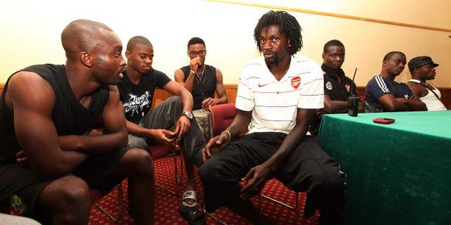 Emmanuel Adebayor och resten av fotbollslaget i en bild från 2010. SUNDAY ALAMBA / TT NYHETSBYRÅN