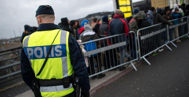 Arkivbild: Id-kontroll vid Hyllie station utanför Malmö. Johan Nilsson / TT / TT NYHETSBYRÅN