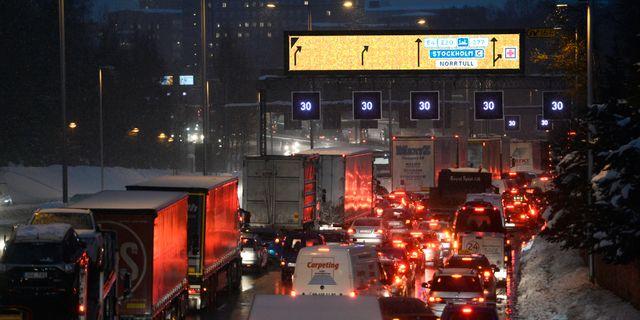 I sambande med snöovädret i november var det stökigt på vägarna. Pontus Lundahl/TT / TT NYHETSBYRÅN
