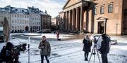 Journalister utanför tingsrätten i Köpenhamn. MADS CLAUS RASMUSSEN / Scanpix