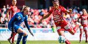 Växjös målvakt Moa Edrud och Piteås Madelen Janogy. JONAS LJUNGDAHL / BILDBYRÅN