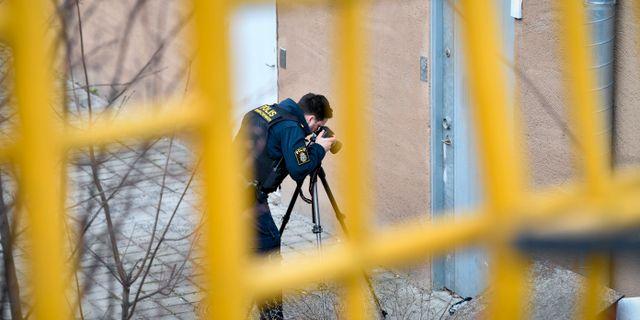 Polis på brottsplatsen Henrik Montgomery/TT / TT NYHETSBYRÅN