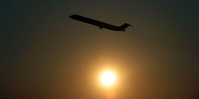 Arkivbild: Ett flygplan lyfter från Arlanda. Fredrik Sandberg / TT / TT NYHETSBYRÅN