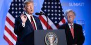 Donald Trump och John Bolton. Markus Schreiber / TT / NTB Scanpix