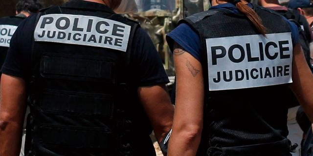 Illustrationsbild. Polis i Beirut.  Thibault Camus / TT NYHETSBYRÅN