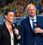 Suzanne Sjögren och Ola Lindgren under Nents sändning under handbolls-VM i Egypten tidigare i år. JONAS EKSTROMER / TT NYHETSBYRÅN