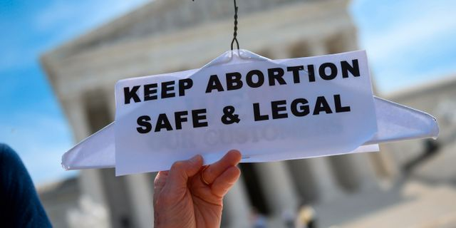 Demonstration för rätten till abort.  ANDREW CABALLERO-REYNOLDS / AFP