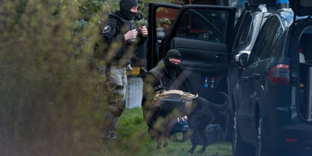 Polisen i Utrecht igår. Peter Dejong / TT NYHETSBYRÅN