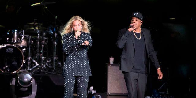 Beyoncé och Jay-Z under ett framträdande 2016. Matt Rourke / TT / NTB Scanpix
