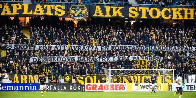 Några av banderollerna SIMON HASTEGÅRD / BILDBYRÅN