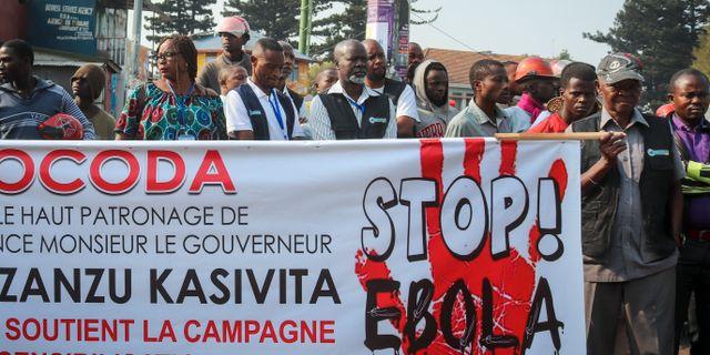 En manifestation för att uppmärksamma såridningen av ebola.  Justin Kabumba / TT NYHETSBYRÅN