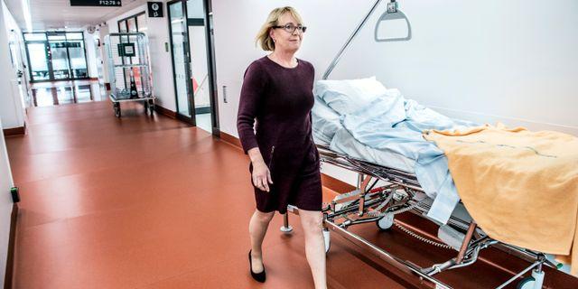 Irene Svenonius (M), regionstyrelsens ordförande, på Nya Karolinska. Lars Pehrson/SvD/TT / TT NYHETSBYRÅN