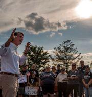 DESCRIPTIONRepublican gubernatorial candidate Glenn Youngkin speaks during a campaign stop at T4Tactics, a firearm training facility, in Campbell County, Va., Wednesday, Oct. 13, 2021 Kendall Warner / TT NYHETSBYRÅN