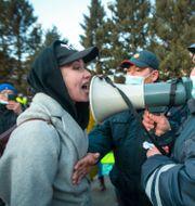 Bild från en demonstration till stöd för Navalnyj i april. Anna Ogorodnik / TT NYHETSBYRÅN