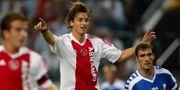 Zlatan Ibrahimovic i Ajaxtröjan 2003. I förgrunden Rafael van der Vaart.  /