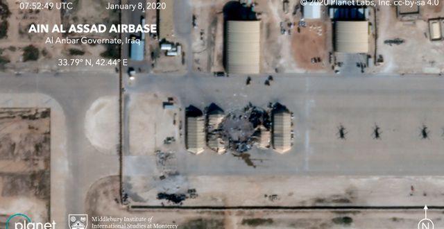 Satellitbild av al-Asad-basen i Irak. TT NYHETSBYRÅN