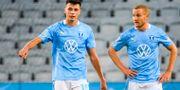 Malmö FFs Anel Ahmedhodzic och Franz Brorsson efter fotbollsmatchen. LUDVIG THUNMAN / BILDBYRÅN