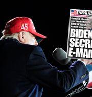 Donald Trump/NY Posts förstasida. Alex Brandon / TT NYHETSBYRÅN