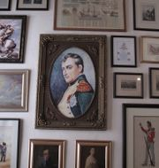 Arkivbild. Målningar av Napoleon Bonaparte.  Christopher Torchia / TT NYHETSBYRÅN