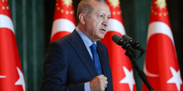 Recep Tayyip Erdogan på presskonferensen i Ankara. AFP PHOTO / TURKISH PRESIDENTIAL PRESS SERVICE / KAYHAN OZER
