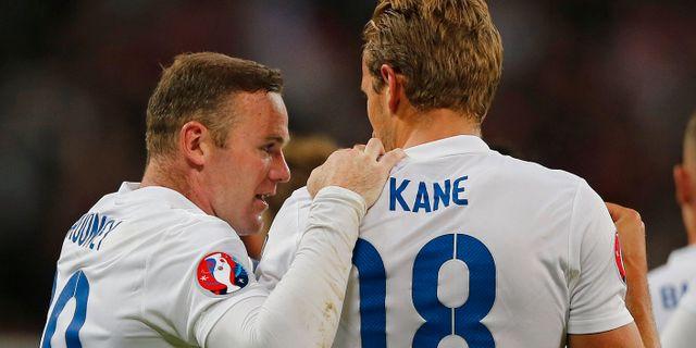 Wayne Rooney och Harry Kane.  Frank Augstein / TT NYHETSBYRÅN/ NTB Scanpix