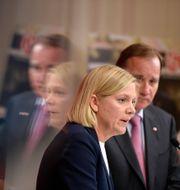 Magdalena Andersson och Stefan Löfven (S).  Pontus Lundahl/TT / TT NYHETSBYRÅN
