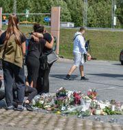 Minnesplats där 12-pringen blev ihjälskjuten. Stina Stjernkvist/TT / TT NYHETSBYRÅN