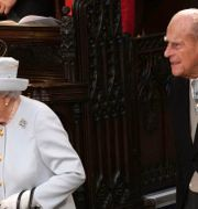 Brittiska drottningen Elizabeth II, 94, och hennes make prins Philip, 99. Jonathan Brady / TT NYHETSBYRÅN