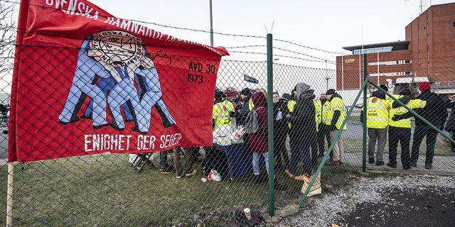 Svenska Hamnarbetarförbundets strejk i hamnen i Malmö i januari. Foto: Johan Nilsson/TT