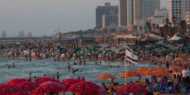 Stranden i Tel-Aviv. Ariel Schalit / TT NYHETSBYRÅN