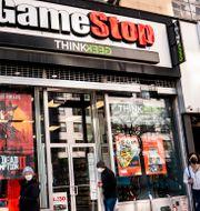 Arkivbild: En Gamestop-butik i New York.  John Minchillo / TT NYHETSBYRÅN