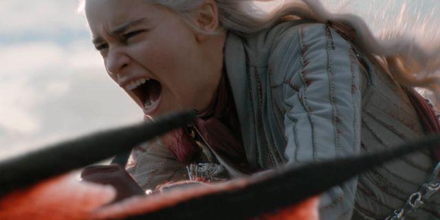 """Emilia Clarke spelar Deanerys Targaryen i """"Game of thrones"""". Helen Sloan / TT NYHETSBYRÅN/ NTB Scanpix"""