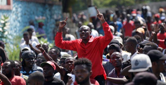 Den haitiske politikern Jean-Charles Moïse under torsdagens protester. ANDRES MARTINEZ CASARES / TT NYHETSBYRÅN