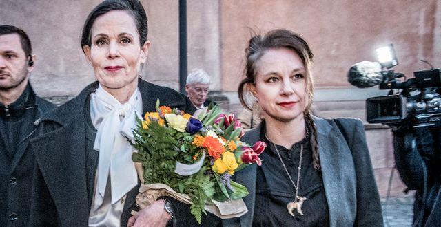 Sara Danius och Sara Stridsberg. Arkivbild. Tomas Oneborg/SvD/TT / TT NYHETSBYRÅN