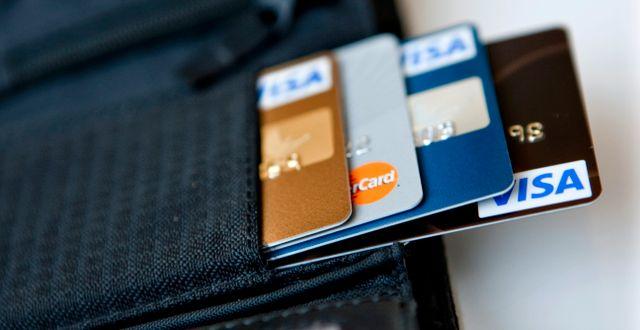 Bankkort.  CHRISTINE OLSSON / TT / TT NYHETSBYRÅN