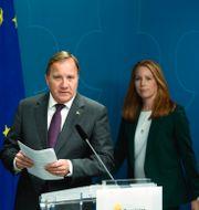 Statsminister Stefan Löfven (S) och Annie Lööf (C).  Pontus Lundahl/TT / TT NYHETSBYRÅN