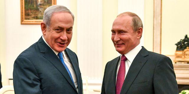 Benjamin Netanyahu och Vladimir Putin vid ett tidigare möte i juli 2018.  Yuri Kadobnov / TT NYHETSBYRÅN/ NTB Scanpix