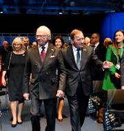 Kung Carl XVI Gustaf och statsminister Stefan Löfven. Jonas Ekströmer/TT / TT NYHETSBYRÅN