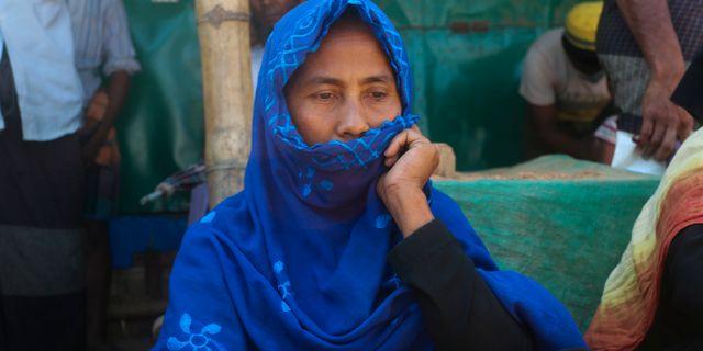 Kvinna i flyktinglägret Kutupalong-Balukhali i Bangladesh. Suzauddin Rubel / TT NYHETSBYRÅN