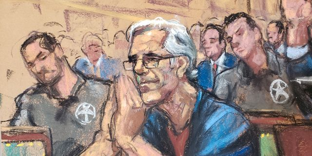 Jeffrey Epstein tecknad i rättssalen.  JANE ROSENBERG / TT NYHETSBYRÅN