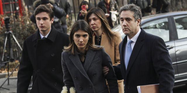 Michael Cohen och hans familj anländer till domstolen Drew Angerer / GETTY IMAGES NORTH AMERICA