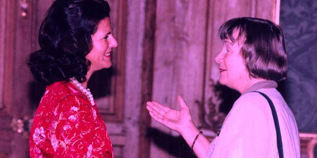 Arkivbild från 1996: Drottning Silvia och Lisbeth Palme. Bertil Ericson/TT / TT NYHETSBYRÅN