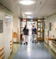 Korridor i Södersjukhuset i Stockholm. Magnus Hjalmarson Neideman/SvD/TT / TT NYHETSBYRÅN