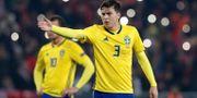 Victor Nilsson Lindelöf under matchen mot Turkiet. MURAD SEZER / BILDBYR N